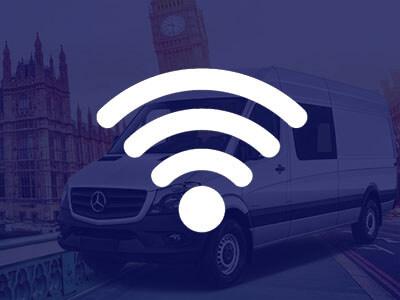 Internet w busie do Anglii i Polski